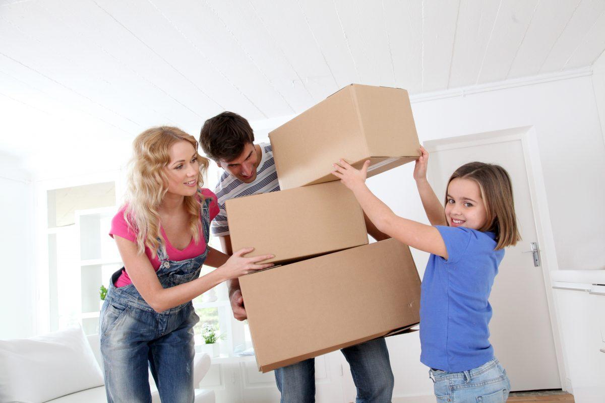 Next-Door-Relocators_Qualities-of-a-Budget-Friendly-Moving-Company_Image-1-1200x800.jpeg